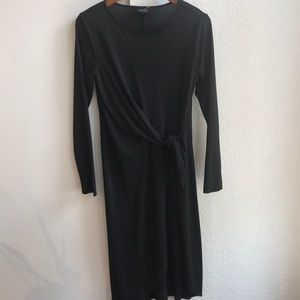 Dress with side tie